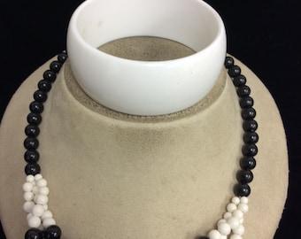 Vintage Black & White Beaded Necklace Bracelet Set
