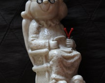 WORLDS GREATEST GRANDMA Grandma Knitting Sewing in Rocking Chair Figure Gift, Made by Russ Berrie Co 1970 70's