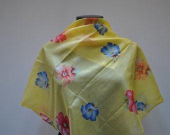 Vintage PRINTED silk scarf....(870)