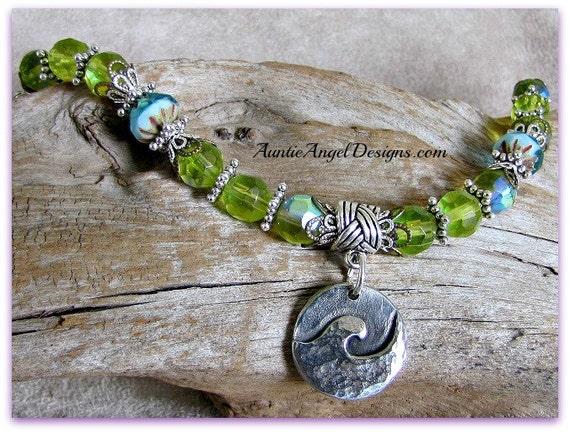 Water Dog Lover Bracelet; Dog Beach Jewelry, Surf Dog Jewelry, Ocean Wave Paw Print Bracelet, Water Rescue Dog; Dog Water Rehab Jewelry