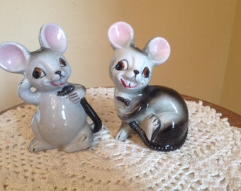 Vintage Pair of  Cute Mouse Mice Salt and Pepper Shaker Figurines- with Stoppers