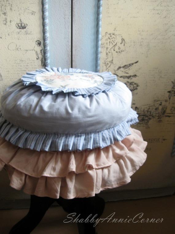 Round Pillows Throw pillows Shabby Chic by ShabbyAnnieCorner