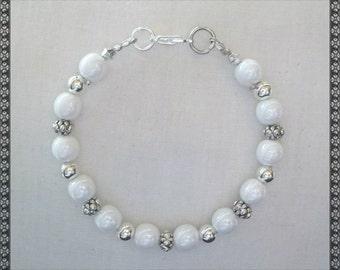 white bracelet, pearl bracelet, silver bracelet, shiney white, glossy, glossy white
