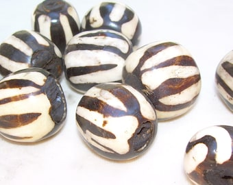 Kenyan Bone beads, 23x20mm, large barrel shape