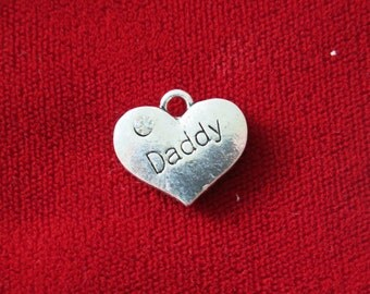 """5pc """"Daddy"""" charms in antique silver style (BC401)"""
