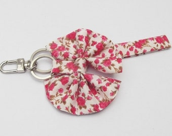 Flower fabric keychain with bow