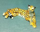 Miniature Ceramic Cheetah Leopard Feline Wild Animal Cute Little Tiny Small Yellow Black Figurine Statue Decoration Hand Painted Craft Deco