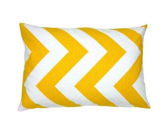 Pillowcase ZIPPY 30 x 50 cm yellow white