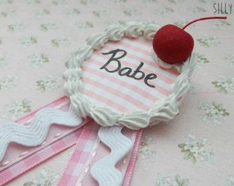 Sweet Babe Brooch