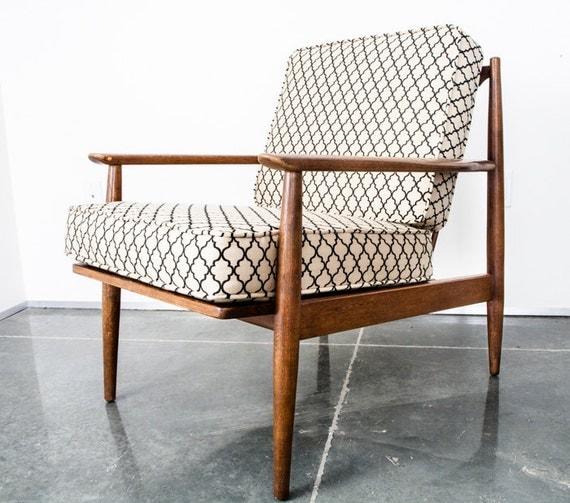 Mid century modern lounge chair by midcenturysacramento on for Mid century modern furniture new york
