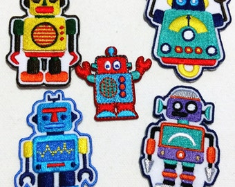 Lot Of 5 Pieces Mixed Pattern Robot (4 - 6 cm) Embroidered Iron on Applique Patch (TN)