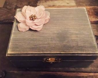 Wedding ring box, Engagement ring box