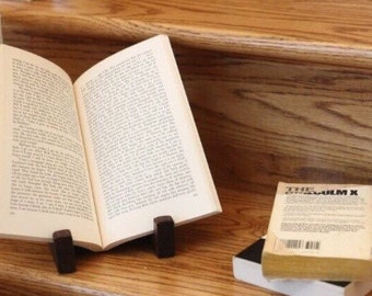Solid Oak Book/Apple Ipad Stand