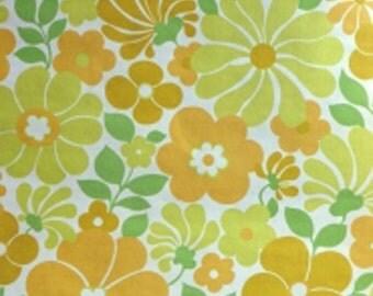 1960s 1970s SUMMER BREEZE Original VINTAGE Wallpaper Floral