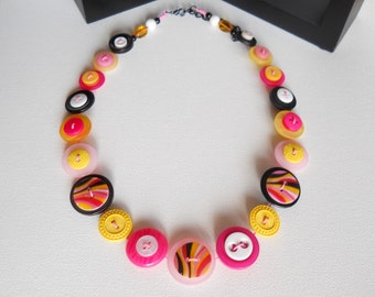 Button Necklace, Button Jewellery, Statement Necklace, Yellow Necklace, Pink Necklace, Unique Necklace, Handmade Necklace, Quirky Necklace