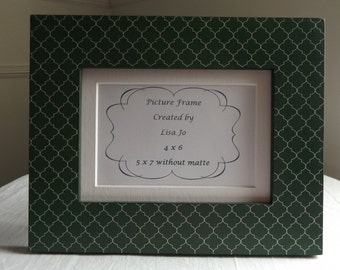 4 x 6 or 5 x 7 Green and White Quatrefoil Matted Decoupage Picture Frame