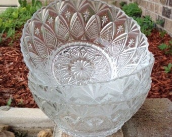 Small Clear Glass Bowl - Set of 3