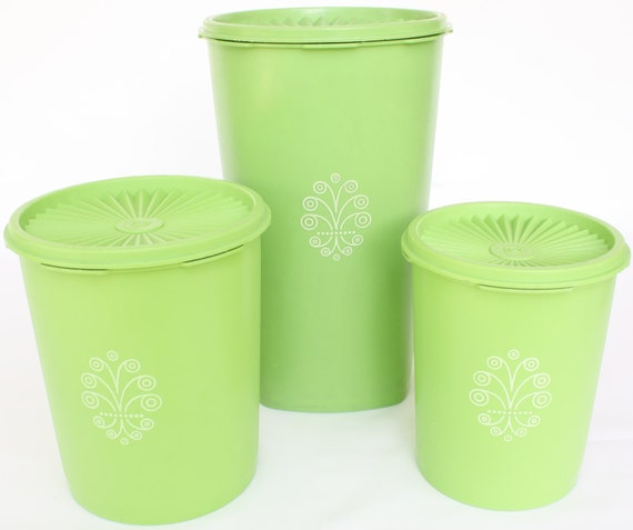 vintage tupperware kitchen canister set containers apple green. Black Bedroom Furniture Sets. Home Design Ideas