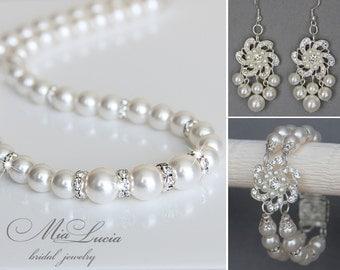 Bridal Jewelry Set, White Swarovski Pearl Bridal Jewelry Set, Pearl Necklace Earrings Bracelet Set,  art. 143-2 Fiocco di Neve