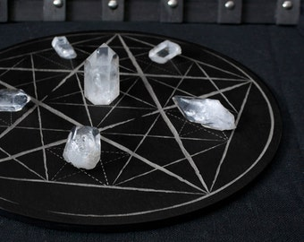 Crystal Grid // Pentacles