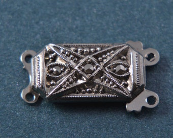 Silver Vintage Clasp With Marcasite