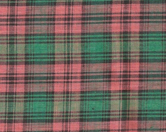 Country Red & Green Plaid Print Cotton Fabric / 1 yard