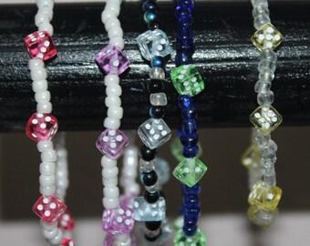 Set of 5 dice stretch bracelets