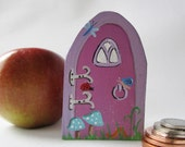 Pink Fairy Door, Small Whimsical Fae Door, for Baseboard, skirting board, or shelf, , Baby Shower, Party Favor, hand painted Acrylic Paint