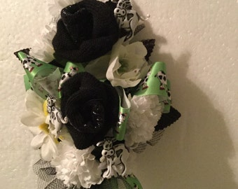 Baby sock corsage with cows