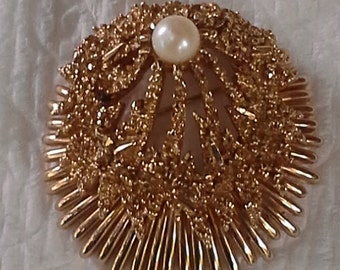 Vintage  Marcel Boucher large  gold tone, pearl pin/brooch from 1960s