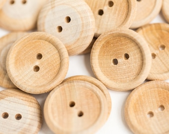 "50 Medium Wood Buttons 3/4"" Two Hole Unfinished Wood Buttons"