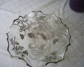 Vintage, Silver City Flanders Overlay, Large Glass Bowl.
