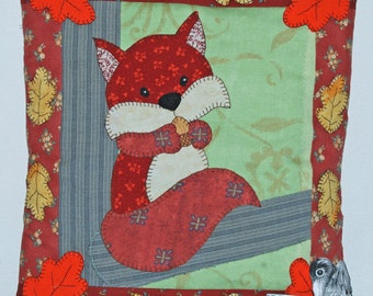 Squirrel in a tree Applique Cushion Sewing Pattern by Wendy Wadge