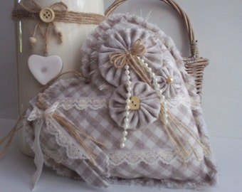 heart,fabric heart,hanging heart,wallhanging,door hanging,decorative fabric heart,country style heart,manchester,lace fabric heart,gingham,.