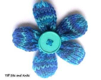 Knit Five Petal Flower with Button Hair Clip Blue