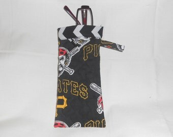 Pittsburgh Pirates -  Reading Glasses Case - Quilted Fully Lined