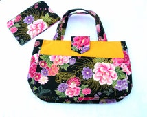 Under 50 dollars. Project tote. Craft bag. Knitting bag gift set. Knitters tote. Craft tote bag. Floral craft bag. Floral project tote. Larg