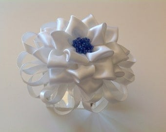 Kanzashi Flower, Tsumami Kanzashi, White Ribbon Flower