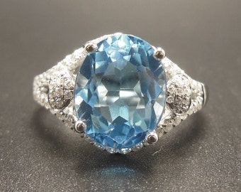 Aquamarine Ring - 3.55 Carat Aquamarine Ring with Diamonds in Solid 14K White Gold