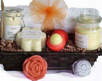 Gift set. Bath gift. Bridesmaid gift set. Spa gift basket. SPA Gift set. Bath and Body gift. Gift Set. Bridesmaids spa Gift -Lizush