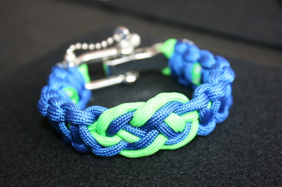 Infinity Knot Paracord