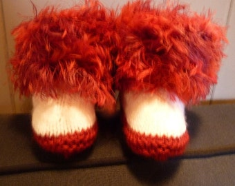 Toddler hand knit slipper boots