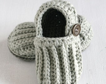 Handmade crochet Easy-on Baby Loafers, crochet baby shoes, crochet baby booties, baby shower gift, cotton baby shoes, MADE TO ORDER