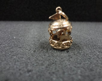 14k Yellow Gold Turning Carousel Charm