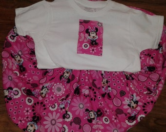 Minnie Mouse Twirl Skirt set Size 4/5