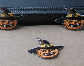 Wholesale Lot  9pcs   cartoon   Holloween pumpking witch skull monster witch   iron on patch  3*5cm