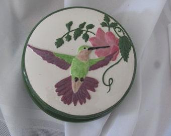 Hummingbird Round Box