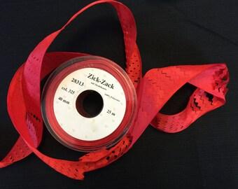 Vintage Zig Zag Ribbon, Zick Zack Ribbon, Polyester Ribbons, Red Ribbons, Red Polyester, Ribbons. Sold by 5 yards Cut.