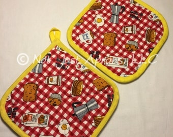 "Betty's Diner Pot Holder Set, 8"" x 8"", Set of 2 Quilted and Insulated Pot Holders"