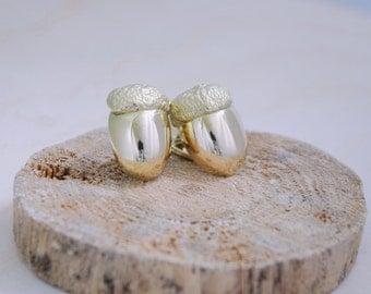 18k yellow gold acorn cufflinks. Nature in jewelry